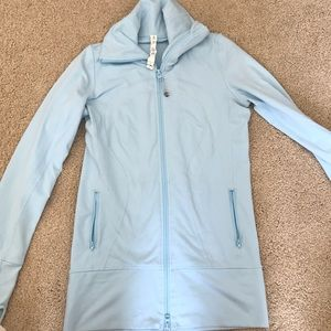 Lululemon sky blue jacket size 4